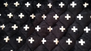 しまむらでオシャレなモノトーンなクロス柄の敷きパッドと枕パッドを購入しました