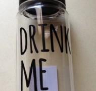 キャンドゥでDRINK MEのウォーターボトルを購入しました