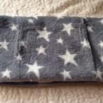 キャンドゥでふかふかでオシャレな星柄のフェイスタオルを購入しました