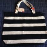 ダイソー新商品 白黒ボーダーの帆布バッグを購入しました